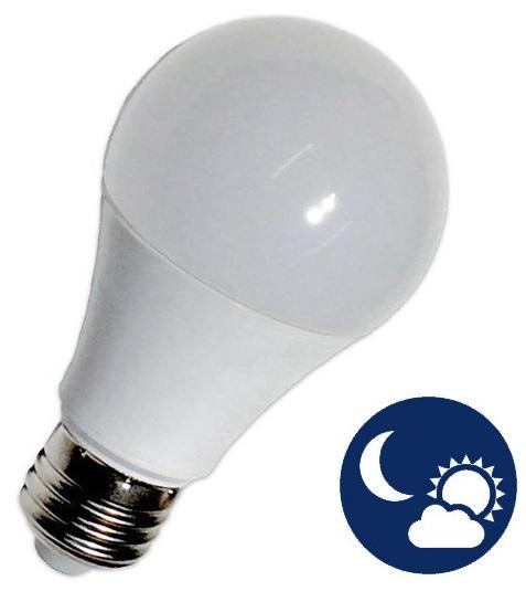 Lampada LED 220V E27 12W Branco Q. 3000K 1000Lm c/ Sensor Crepuscular